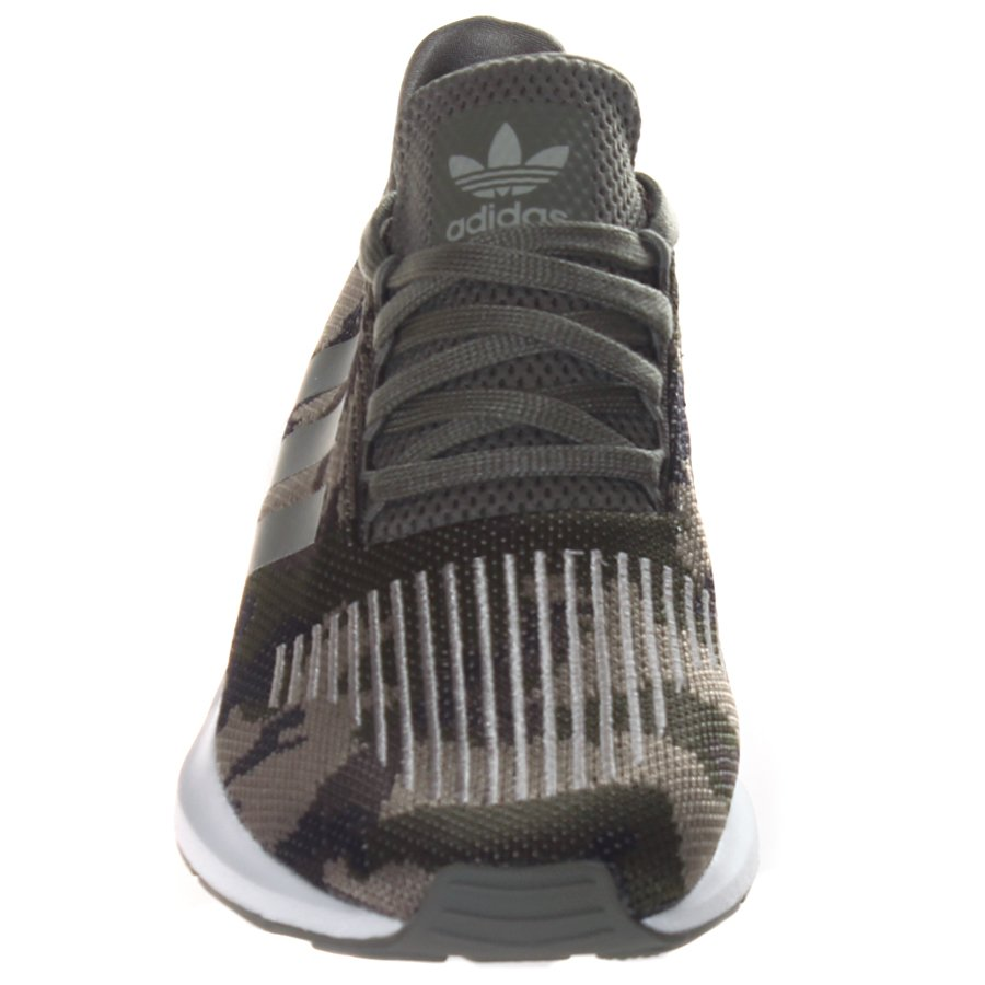 7c987295d4 Tênis Adidas Swift Run Camuflado - Rock City